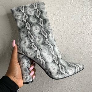 Chunky Snakeskin Ankle Boot S